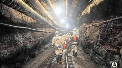Photo of South Africa to shut mines for three weeks in Covid-19 battle