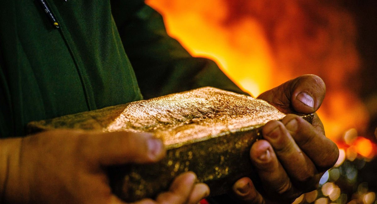 Gold Fields returns to profit and plans Ghana investment
